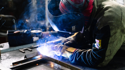 protecting steel with zinc oxide coating